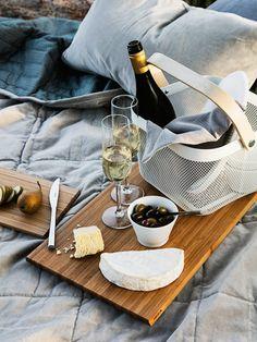 "dustjacketattic: ""cheese & wine | stil inspiration """