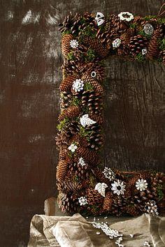 pinecone frame wreath