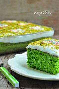 Ispanaklı kek yapımı