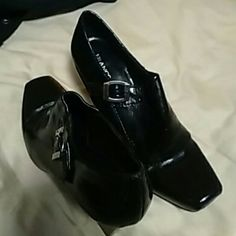 NWOT Franco Sarto Bootie Dressy bootie with side buckle Franco Sarto Shoes Ankle Boots & Booties