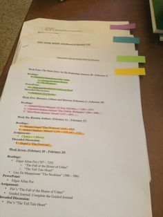 College and Iced Coffee: How I Study... in an organized way! LOVE THIS. retyping the syllabus...definitely need to do that next time i have a second