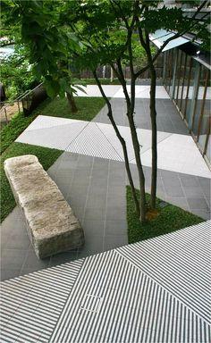 Japanese Garden Backyard, Love Garden, Garden Pool, Modern Landscaping, Backyard Landscaping, Pavement Design, Paving Pattern, Paving Design, Backyard Plan