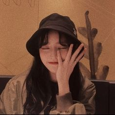 // I know i'm lucky that i'm so cute ω Pretty Korean Girls, Cute Korean Girl, Asian Girl, Korean Aesthetic, Aesthetic Girl, Girl Photo Poses, Girl Photos, Icon Girl, Selfie Foto