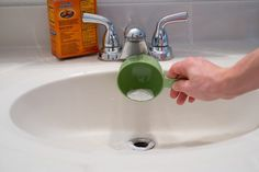 Quickly Unclog Bathroom Sink USING NO CHEMICALS Pinterest - Clean clogged bathroom sink drain