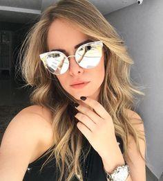 Jimmy Choo Ora para os amantes de #óculos espelhados ❤️ @vanessagualberto arrasou com os dela!! Garanta o seu na #Envyotica www.envyotica.com.br #jimmychoo #jimmychooora #sunglass #sunglasses #sunnies