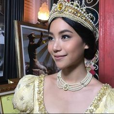 Miss Kitty, Girls Makeup, My Girl, Actors & Actresses, Icons, Crown, Kpop, Baby, Women