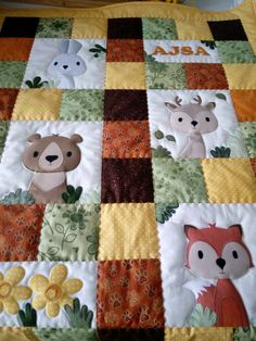 Quilt Square Patterns, Patchwork Quilt Patterns, Quilt Block Patterns, Applique Quilts, Quilt Blocks, Small Quilts, Easy Quilts, Mini Quilts, Baby Patchwork Quilt