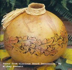 Wanda, will you help me with it? Decorative Gourds, Hand Painted Gourds, Puerto Rico, Gourd Crafts, Natural Things, Gourd Art, Woodburning, Garden Crafts, Craft Fairs