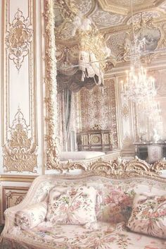 31 ✅ things to do in Palace Of Versailles ✈️ with day trips from Palace Of Versailles. Find the best things to do, eat, see and ⭐ to visit in Palace Of Versailles. Baroque Architecture, Beautiful Architecture, Architecture Site, Architecture Sketchbook, Architecture Portfolio, Modern Architecture, Noel Gallagher, Princess Aesthetic, Palace Of Versailles