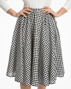 84d6a4a7c8  Peggy Sue  Classic 1950s Full Circle Swing Skirt in Black Gingham Cotton