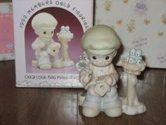 "Precious Moments  ""Only Love Can Make A Home""  PM921 Figurine Enesco"
