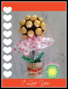 Topiario con bombones de chocolate - Chocolate's topiary (English CC) Christmas Bulbs, Diy, Holiday Decor, Gifts, Food, Youtube, Creative Gifts, Centerpieces, Tutorials