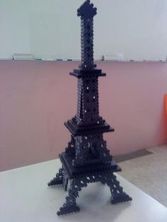 sandylandya@outlook.es  3D Tour Eiffel perler beads by Jean L. - Perler® | Gallery
