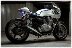 """Ruleshaker's Honda CB750 - """"OldSpirit"""""""