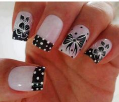 Hibiscus and Bow nails