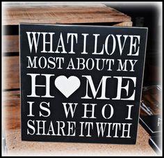 «Quello che amo di più della mia casa sono le persone con cui la condivido» Condividi la felicità: http://www.ecomarket.eu/formati-big.html#Default_Category