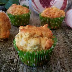 Muffin salati cipolle patate e pancetta, finger food