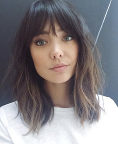 Medium length with fringe bangs @loganstanton #BangsHairstylesFringe