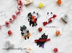 SPOOKY CATS - HALLOWEEN GIFT TAGS *FREE PRINTABLE* // www.thellamasblog.com Halloween Cat, Halloween Gifts, Halloween Ideas, Free Printable Gift Tags, Free Printables, Llamas, Treats, Blog, Sweet Like Candy