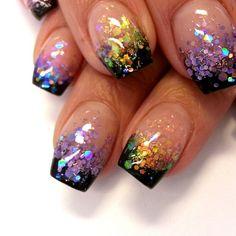 Glitter tips by @sveanaglar