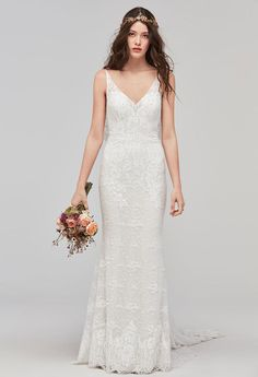 V-Neck Lace Wedding Dress | Willowby by Watters Fall 2017 |  http://trib.al/0UUanNJ
