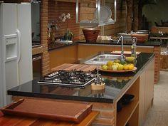 bancada de cozinha de granito preto São Gabriel