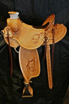 Keeping an eye on it Wade Saddles, Cowboy Gear, Coeur D'alene, Horse Tack, Leather Working, Horses, Eye, Stuff To Buy, Accessories
