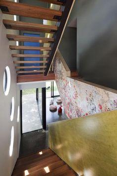 Ormond Esplanade by Judd  Lysenko Marshall Architects.