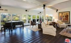 Brooke Shields' Los Angeles Home Definitely Has a Supermodel Touch