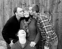 Love mom, brothers, family photo, adult siblings