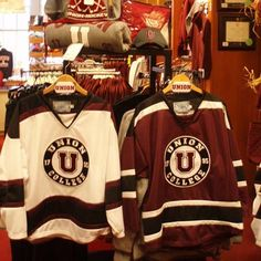 We had season tickets to Union College hockey growing up. Learned how to  skate on 1f78171c3