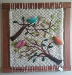 Tapiz decorativo en fieltro Tapestry Weaving, Loom Weaving, Hand Weaving, Fiber Art Quilts, Weaving Projects, Tear, Needle Felting, Wool Felt, Hand Embroidery