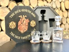 Custom Whisky Set: Decanter, Glasses, Whiskey Sets, Bourbon Decanter Set, Gifts for Men, Fathers Day, Birthday Scotch Glasses, Drinkware, College Graduation Gift, Whiskey Lover Gifts