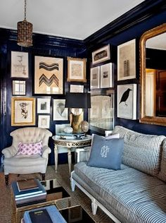 dark wall decorating chic style
