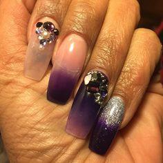 #closeup #nailedit #nails #coloredacrylic #pearls #diamonds #freshnails #nailitdaily #nailit #nailswag #nailsoftheday #notd #didme #chicagonails #geneva #didthat #instanails