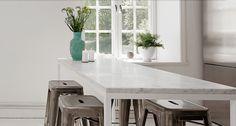 Bild Erik Olsson       I mitt kök får vi inte plats längre, de sex Eames-stolarna + 2 barnpinnstolar + bebbestolen runt ett bord som är 1...