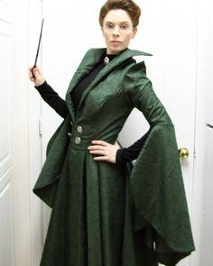 Realised I never posted a full length shot of my Professor McGonagall cosplay from last weekend. Terrible shot in my kitchen, ha, but we have another Potter event coming up shortly so hopefully I will get some decent photos then!