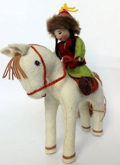 Handmade Folk Doll Decoration, Nomad Girl, Ethnic Wool Doll, Horseback rider #FeltFolkNomadArtDoll #DollswithClothingAccessories
