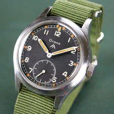 Grana WWW WW2 British RAF Military Watch Vintage Military Watches, Vintage Watches, Nato Strap, British Army, Watch Sale, Cool Watches, Ww2, Omega Watch, Stuff To Buy