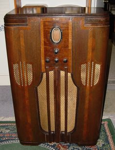 1936 Philco Console Radio