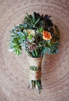 succulent bouquet. LOVE