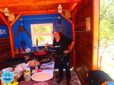 Cooking workshop Crete Bergen, Crete Holiday, Greek Cooking, Crete Greece, Workshop, Island, Greece Holidays, Bbq, Greek Dishes