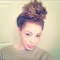 Simple messy #curly cute bun! #naturalhair
