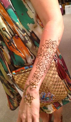 Consuela Dallas Market Henna Party