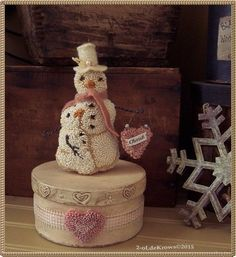 Cherish- PrimiTive Original Valentine Punch Needle Hearts Snowman Box OOAK #NaivePrimitive Rug Hooking Patterns, Rug Patterns, Bed Spring Crafts, Paper Mache Boxes, Snow Much Fun, Punch Needle Patterns, Hand Hooked Rugs, Craft Punches, Ice Sculptures