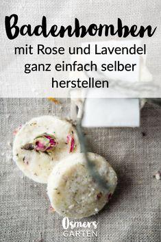 Die eigenen Badebomben mit Rose und Lavendel selber herstellen. Mit der Anleitung auf dem Blog gelingt die Herstellung der Badebomben ganz einfach.     #OsmersGarten #Naturkosmetik #Badebombe #Badebomben #Baden #Badespaß #ZeroWaste #Geschenkidee #Weihnachtsgeschenk Ad Hoc, Zero Waste, Rose, Routine, Blog, Beauty, Sustainable Ideas, Sustainable Gifts, Lavender