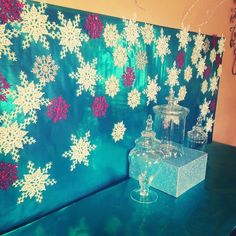 Chardonnays & Soirées: DIY Frozen Backdrop