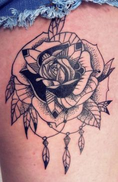Rose/feathers