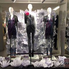 Fiori di carta giganti my work #fioridicarta #paperflowers #backdrop #sanremo #windowsdisplay #vetrine #nunalie