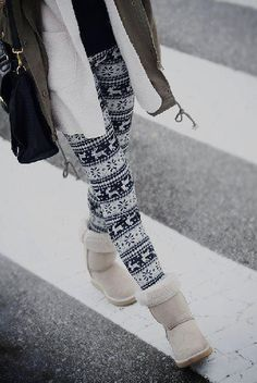 Winter Print Leggings. I sure wish I could actually find leggings like this... they are no where in the mall! i want these